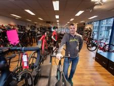 Peperdure racefietsen geroofd bij inbraak in Biddinghuizen: 'Ik ben er misselijk van'