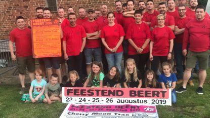 Feestend Beert stelt affiche voor (en strikt rist aan bekende artiesten)