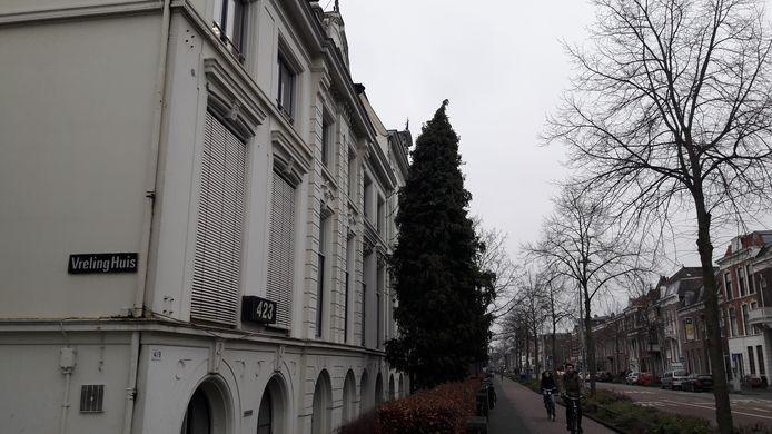 Het Vrelinghuis in Utrecht, waar steeds vaker en agressiever gedemonstreerd wordt tegen abortussen in de kliniek.