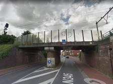 Zoektocht naar doorgereden vrachtwagenchauffeur die treinverkeer bij Zutphen plat legde