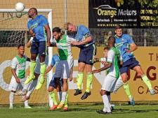 Spijkenisse - SC Feyenoord: doelpuntloze langeballenshow