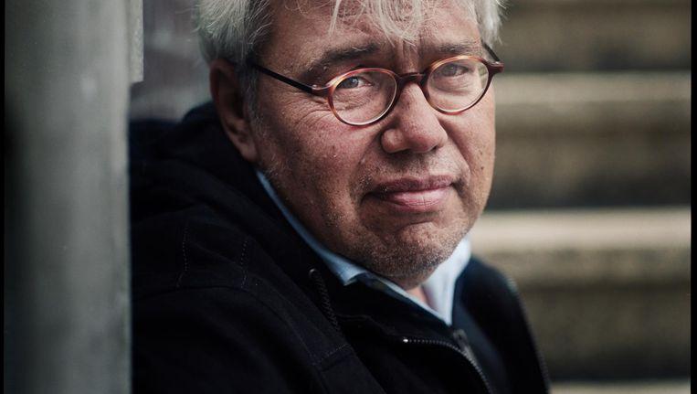 Schrijver en columnist Theodor Holman. 'Mijn gedachten gaan steeds vaker over de dood en de doden' Beeld Marc Driessen