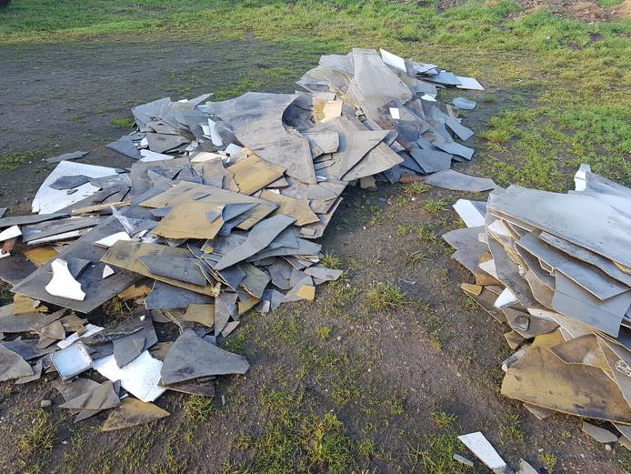 De dakbeschotplaten die op de Usseler Es werden aangetroffen.