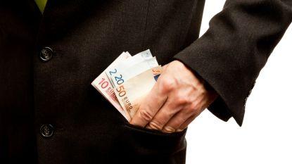 Hoeveel verdient de grote baas?