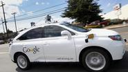 Zelfrijdende auto van Google botst op bus