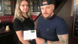 """Aalsterse café-uitbaters krijgen postkaart in de bus: """"Spreek Nederlands of ga terug naar uw land"""""""
