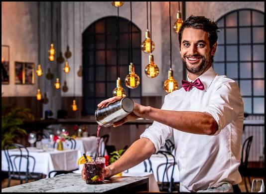 Barman Victor van het First Dates restaurant