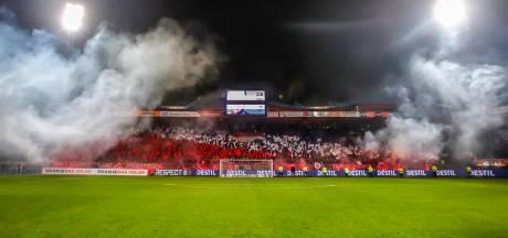 Betaald voetbal mogelijk lang in lege stadions: 'Grote evenementen moeten wachten op vaccin'