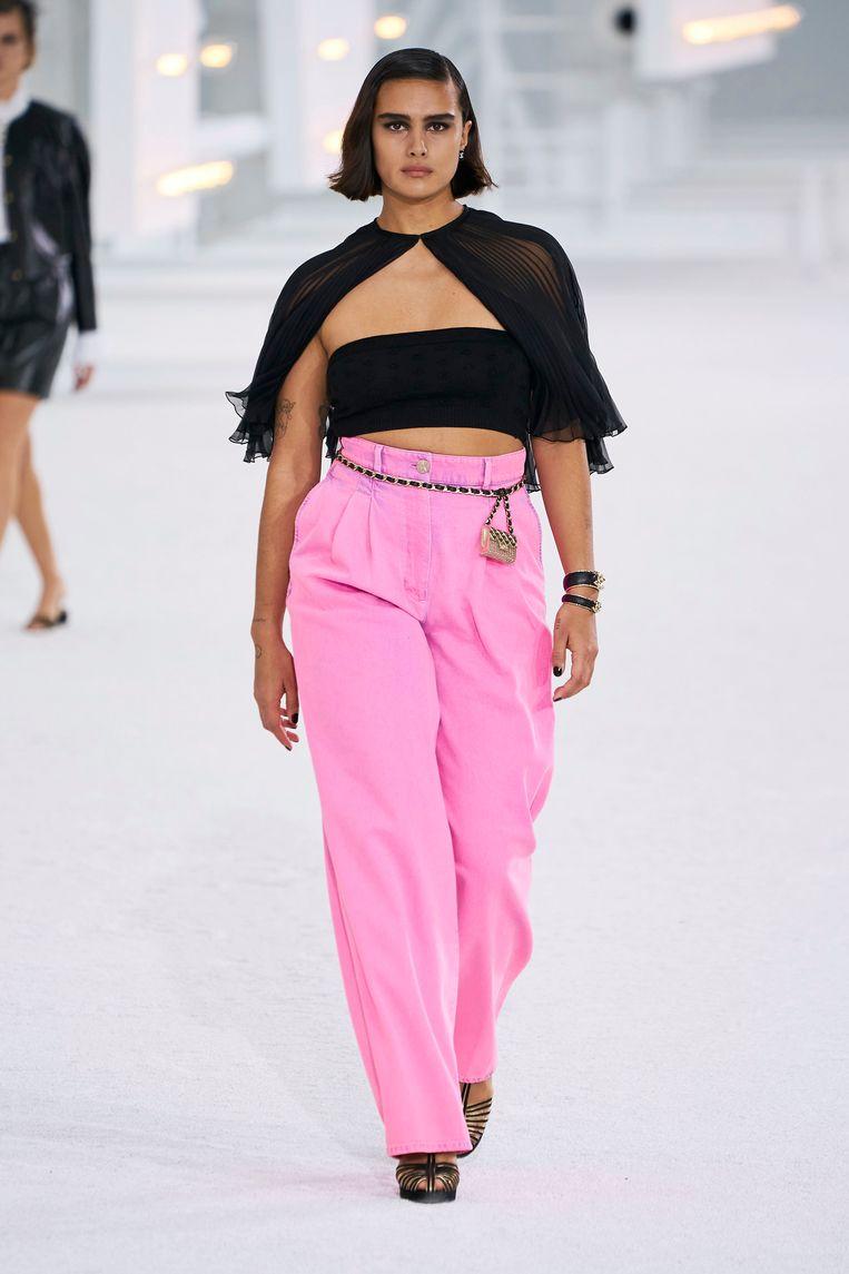 Jill Kortleve in Chanel s/s 2021 Beeld Imaxtree
