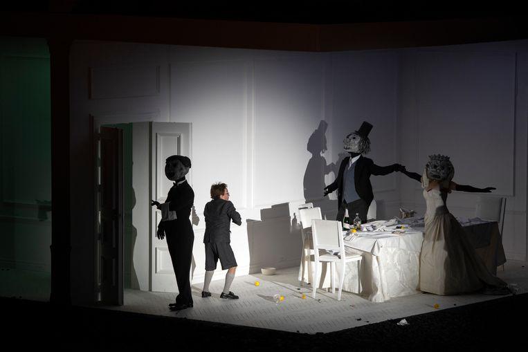 Nachtmerriescène in Händels opera Rodelinda. Beeld null