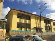 Fundraising in winkelcentrum De Els Waalwijk voor Santa Famia basisschool op Curaçao
