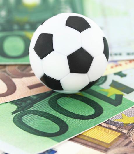 Echtgenote penningmeester: 'Ik drukte 30.000 euro van Lepelstraatse  Boys achterover'