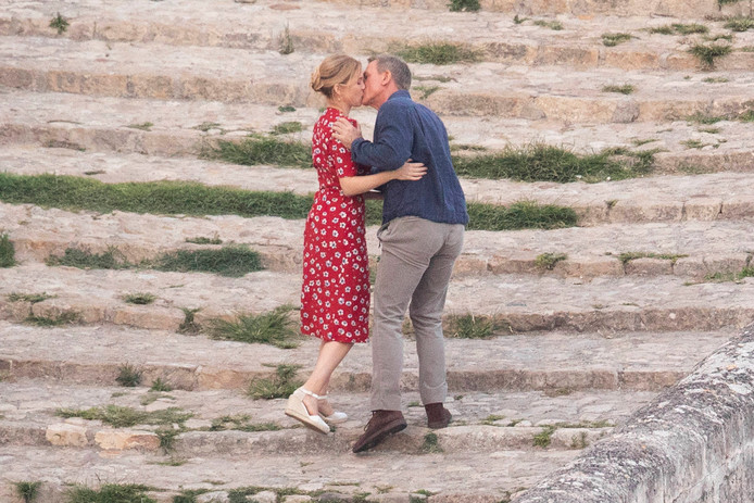 Le baiser entre Lea Seydoux et Daniel Craig pour le nouveau James Bond.