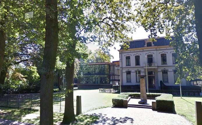 Het Brummense gemeentehuis is een van de panden die zou moeten worden verduurzaamd via een ESCo.