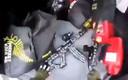 De wapens in de achterbak van Tarrant. Het beeld komt uit de video die hij zelf opnam.