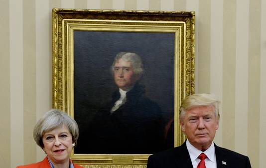De Britse premier Theresa May (links) en de Amerikaanse president Donald Trump.