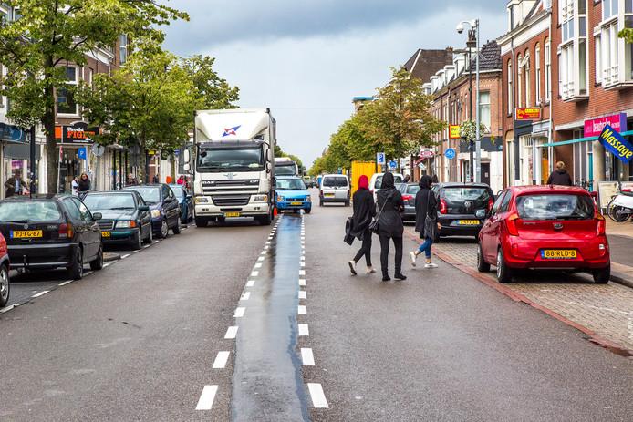 De Amsterdamsestraatweg, deel Paardenveld en Marnixlaan