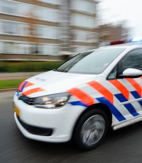 Almeerse maaltijdbezorger berooft, politie zoekt getuigen