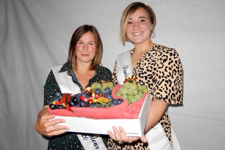 De nieuwe vice-Druivenambassadeur Kimberly Michiels en Druivenambassadeur Greet Dewit.