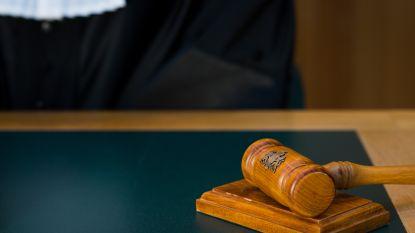 Franse vrouw (21) krijgt maand voorwaardelijk voor valse aangifte van 261 verkrachtingen
