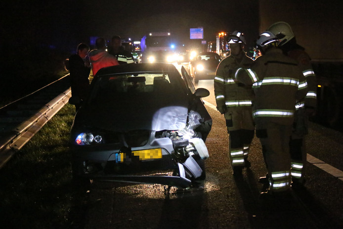 Beide auto's zijn zwaar beschadigd geraakt.