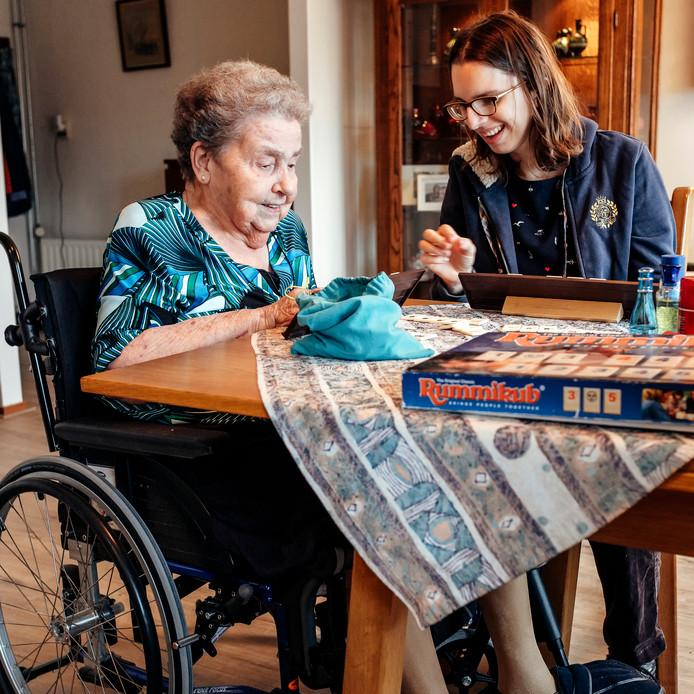 Senioren geven de zorg in Nederland een pluim, melden KBO-PCOB.