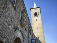 Wie heeft klokken van klooster in Ootmarsum laten luiden?