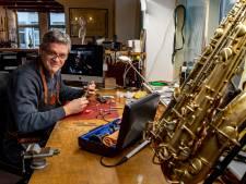 Deze Bergenaar zorgt ervoor dat iedere klarinet en trompet in topvorm verkeert