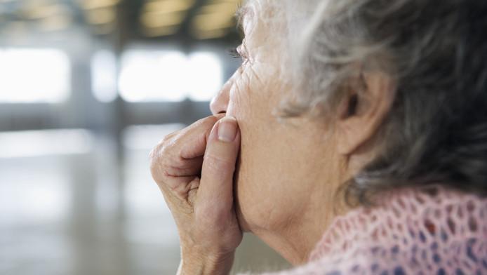 Mensen die na hun pensionering contact blijven houden met hun collega's en vrienden in de buurt hebben, zijn minder vaak eenzaam.