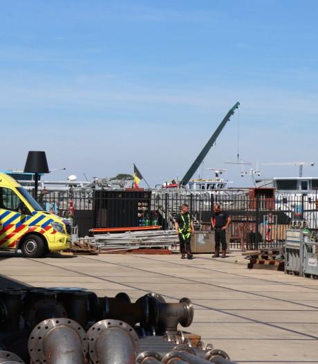 Man komt om het leven bij bedrijfsongeval in Biesboschhaven Noord in Werkendam