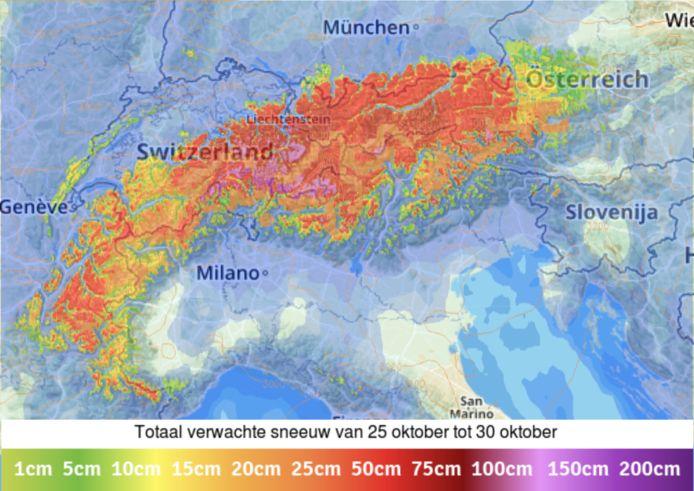 Op maandag zorgt een actief neerslaggebied voor veel sneeuw in de Alpen. Lokaal is meer dan 50 cm mogelijk (bron: sneeuwhoogte.nl).