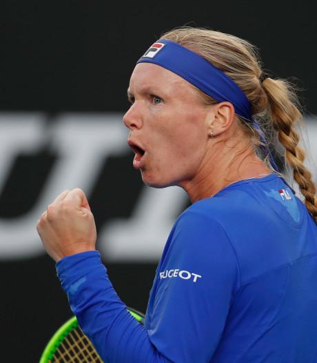 Bertens klopt taaie Rodionova en bereikt derde ronde