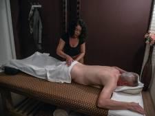 Thaise massage: associatie met frivoler handwerk is snel gelegd