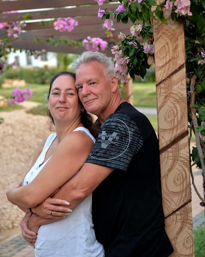 John en Petra Sips zijn dolgelukkig met elkaar.
