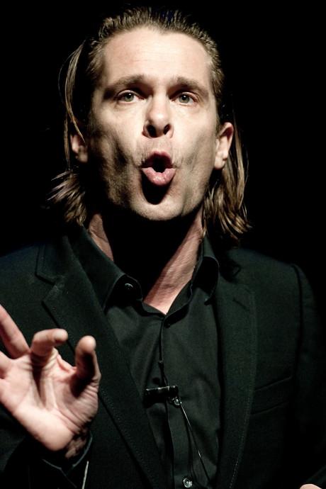 Hans Teeuwen komt na vier jaar met nieuwe soloshow