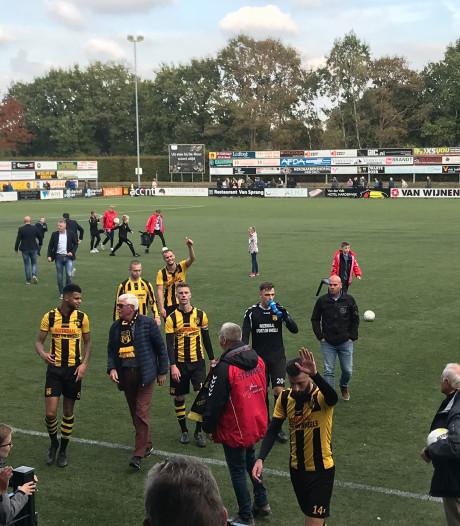 Voetbalshow DVS'33 tegen FC Lisse