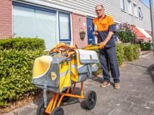 Maak kennis met Kees (84): de oudste postbode van Nederland