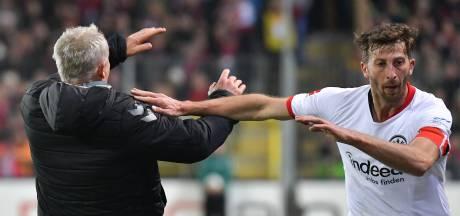Eintracht-speler die trainer omver duwde voor zeven weken geschorst
