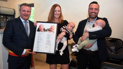 Bertem heeft tienduizend inwoners dankzij tweeling Liv en Caz
