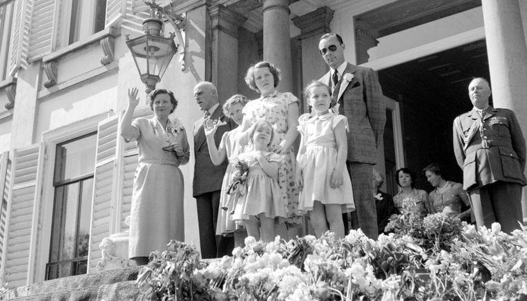 Prinses Beatrix besloot zelf weg te gaan van alternatieve school | De  Volkskrant