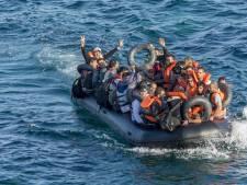 Duitse steden willen meer vluchtelingen opvangen om 'ramp' op zee op te lossen