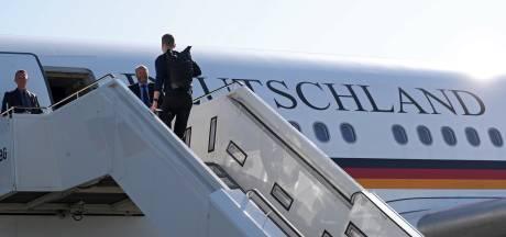 Ophef in Duitsland: vijf kabinetsleden in vier vliegtuigen naar oostkust VS