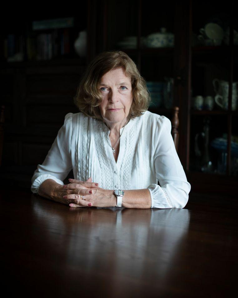 Trudy Scheele-Gertsen stond in de jaren zestig als ongehuwde moeder haar kind gedwongen af, dat kwam destijds veel vaker voor. Als eerste gaat ze nu de Nederlandse Staat hiervoor aansprakelijk stellen.  Beeld Bram Petraeus