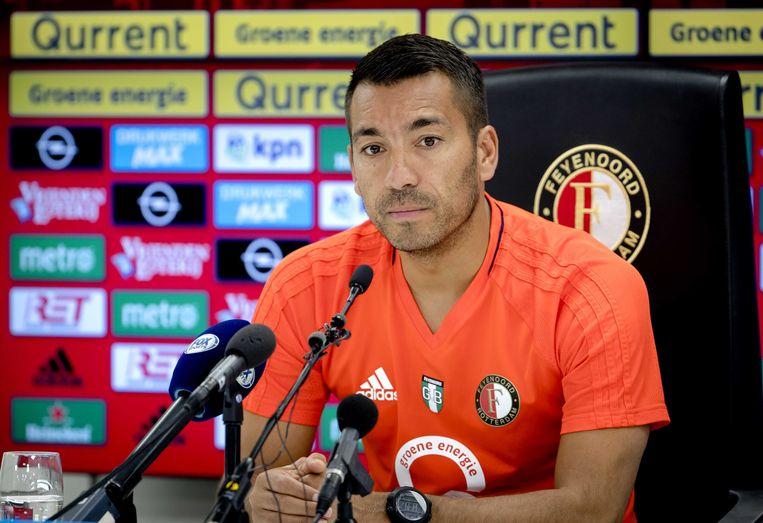 Trainer Giovanni van Bronckhorst tijdens een persconferentie voorafgaand aan de eerste wedstrijd van Feyenoord van het nieuwe seizoen.  Beeld ANP