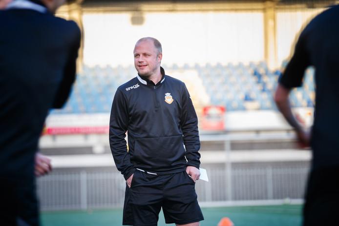 Danny Mathijssen als trainer van RBC.