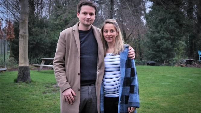 """Schepen Arne Vandendriessche en vriendin verwachten tweede zoontje: """"Ik ben meer thuis sinds corona"""""""