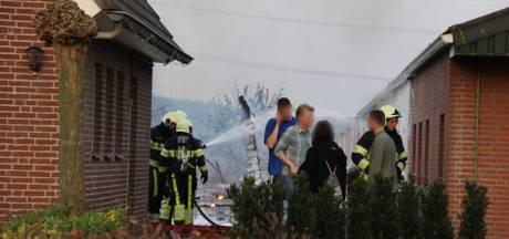 Tuinhuis in Sint Anthonis in vlammen op