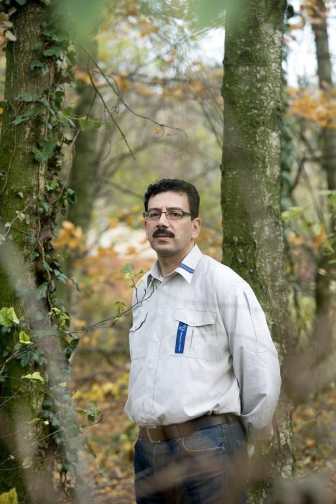 Bouzian Salama (49) uit Duiven: ;Ik ben een elektroman, maar de natuur heeft mij ook altijd getrokken'.