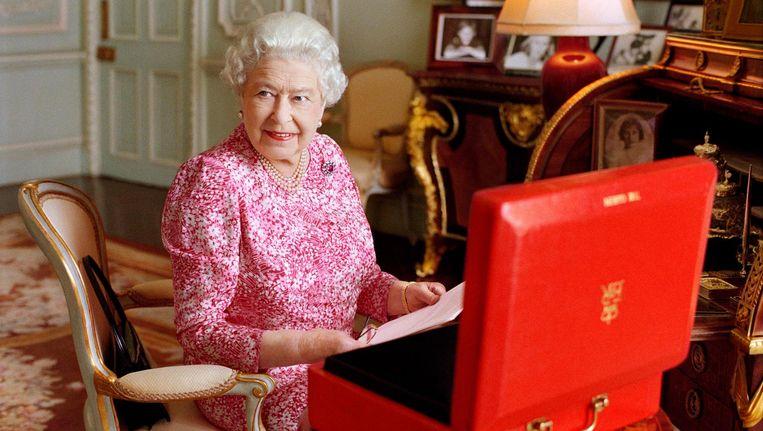 Queen Elizabeth II op een archieffoto in 2015 Beeld epa