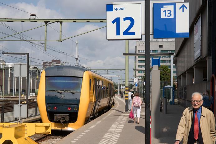 De trein van Zwolle naar Kampen.